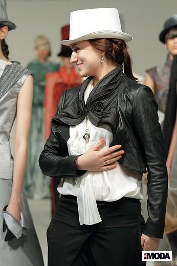 Хиллен Эмилия «Пере-игра». Фотография Натальи Бухониной, ИА «РИА Мода»