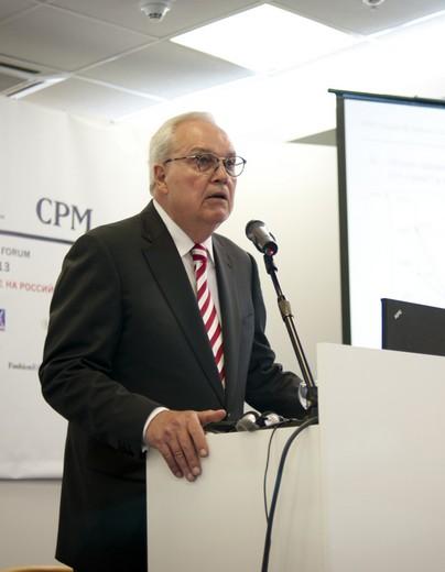 Рейнхард Е. Доепфер, председатель Европейского совета по экспорту текстильной продукции (EFTEC). Фотография предоставлена Fashion Consulting Group