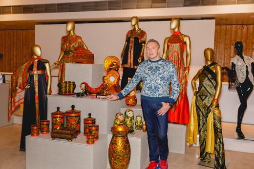 «Имперский стиль» Вики Цыгановой пройдет поподиуму Estet Fashion Week