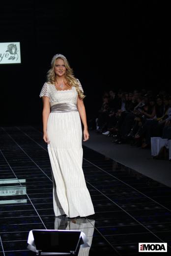 Allezye представил сегодня коллекцию на Volvo – Неделе Моды в Москве