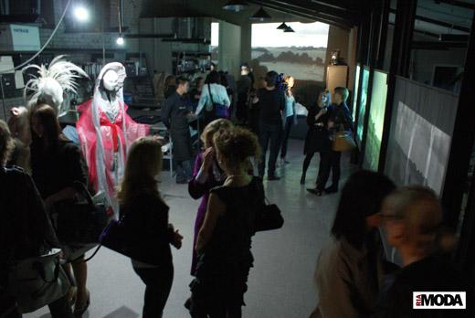 20100409 Выставка арт-проекта Светланы Тегин в рамках RFW (осень-зима 2010-2011). Фотография Александра Кузнецова, ИА «РИА МОДА»