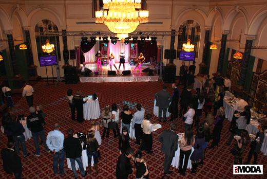20100214 Презентация проекта KupiVIP - Simple Sales. Выступление группы «Блестящие». Фотография Валентины Кузнецовой, ИА «РИА МОДА»