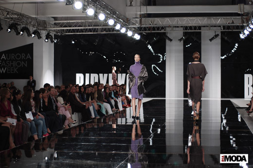 20100523 Aurora Fashion Week. Показ коллекции Олега Бирюкова. Фотография Андрея Ревенко, ИА «РИА МОДА».