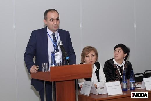 Саидмумин Камолов, национальный менеджер программы ITC . Фотография Натальи Бухониной, ИА «РИА Мода»