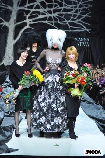 20110407 Volvo-неделя моды в Москве, Olga&Anna Kameneva, коллекция сезона осень-зима 2011/12 . Фотография Андрея Ревенко, ИА «РИА МОДА».