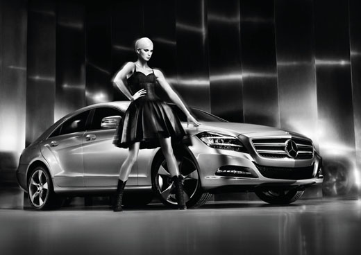 Mercedes-Benz Fashion Week Russia сезона Осень-Зима/2011-2012. Каролина Куркова.  Фотография предоставлена организаторами