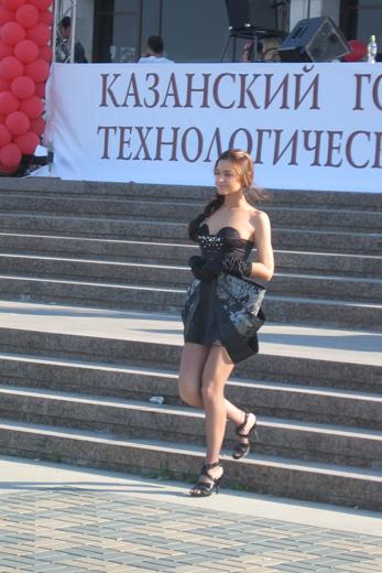 20100625 Номинация маленькое платье, диплом I степени: Насыбуллина Радмила