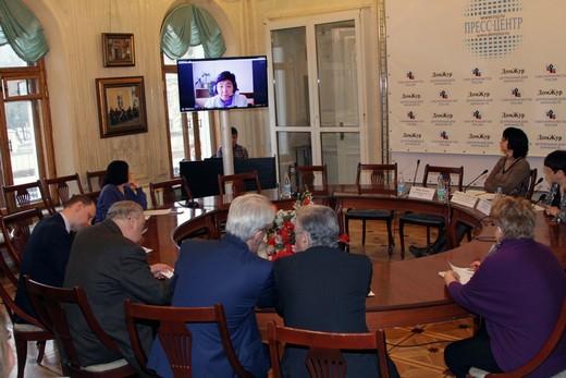 Пресс-конференция «Сотрудничество производителей Кыргызстана и Таджикистана и российских компаний в сфере легкой промышленности»