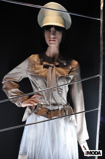 Коллекция дизайнеров МХПИ сезона весна-лето 2012. Фоторепортаж Натальи Лапиной ИА «РИА Мода».
