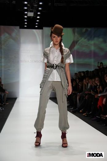 Перуанский дизайнер Ситка Семшич представила коллекцию сезона весна-лето 2012 на MBFWR - a