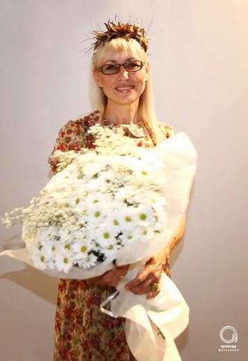 Вера Тугова на фестивале «Намоднение». Фотография Алексея Хитрикова,  фотосалон «Провода»