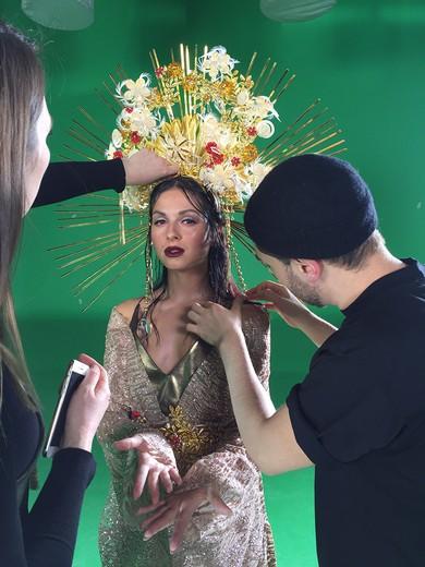 Певица Нюша в короне Богини любви. Фотография предоставлена pr-службой YanaMarkova