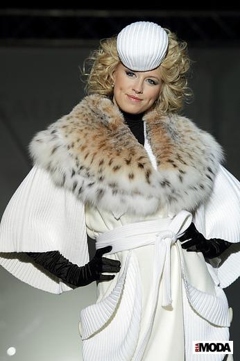Коллекция Игоря Гуляева сезона весна-лето 2012, Volvo-Неделя моды в Москве. Фотографии Наталии Лапиной, ИА «РИА Мода».