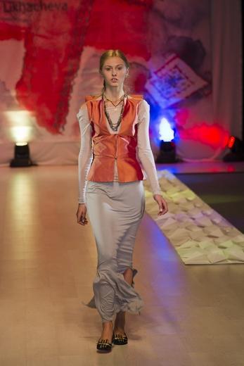 20101030 Lviv fashion week, Зинаида Лихачева. Коллекция сезона весна-лето 2011. Фотография предоставлена организаторами.