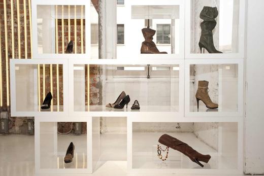 FURLA - коллекция сумок и обуви сезона осень-зима 2011-2012.