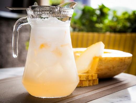 Летние супер-напитки из арбуза, дыни, абрикосов