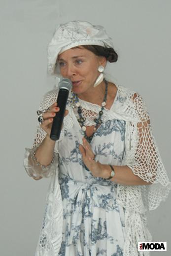 20090820 Международная выставка «Chapeau-2009». Виолетта Литвинова. Фотография Валентины Кузнецовой, ИА «РИА МОДА».